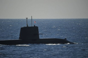 Diesel-electric submarine JS Isoshio (SS-594) 2
