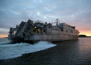 Expeditionary fast transport USNS City of Bismarck (T-EPF-9) 3