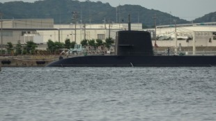 Diesel-electric submarine JS Makishio (SS-593) 1
