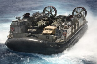 LCAC-class air-cushion landing craft 0